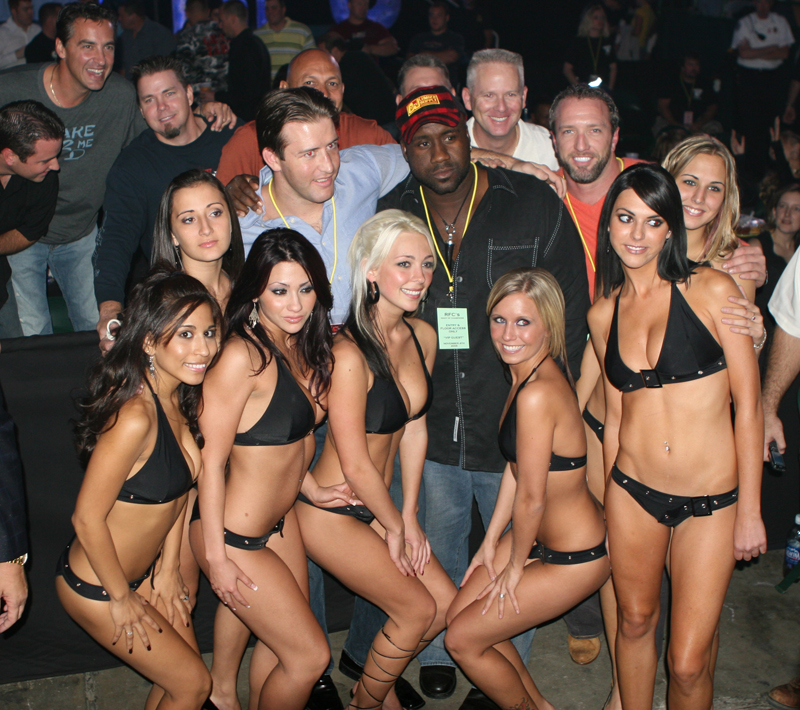 49 Jay with Ring Girls 4
